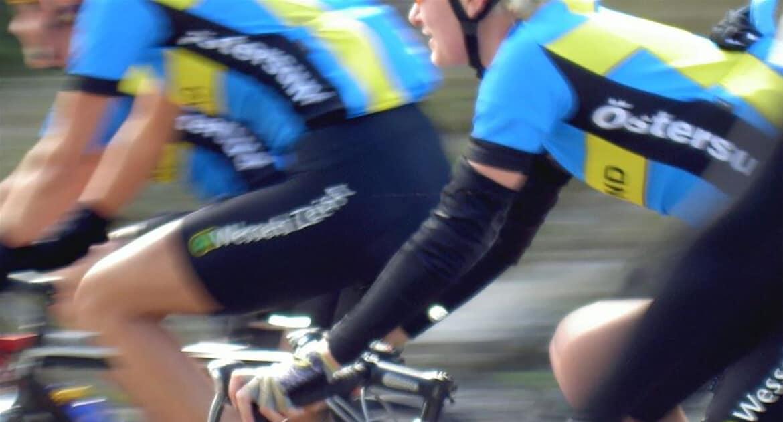 Cyklister som kör jämthjulingen i Östersund